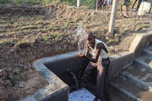 The Water Project: Makunga Community, Tabarachi Spring -  Splashing
