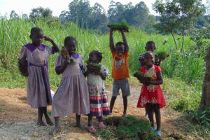 The Water Project: Malimali Community, Onyango Spring -  Happy Helpers