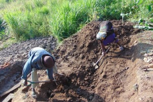 The Water Project: Malimali Community, Onyango Spring -  Locals Excavating