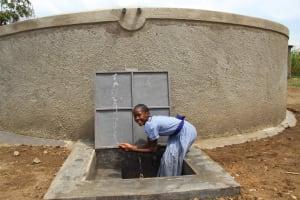 The Water Project: St. Elizabeth Shipala Primary School -  Splashing