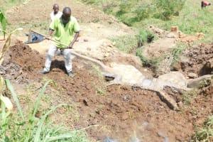 The Water Project: Khunyiri Community, Edward Spring -  Backfilling