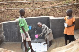 The Water Project: Khunyiri Community, Edward Spring -  Children At Spring