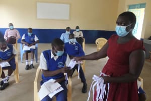 The Water Project: St. Stephens ACK Eshiakhulo Secondary School -  Giving Masks