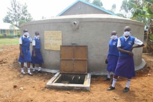 The Water Project: St. Stephens ACK Eshiakhulo Secondary School -  At The New Tank