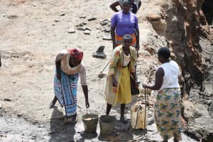 The Water Project: Yathui Community A -  Women At Work