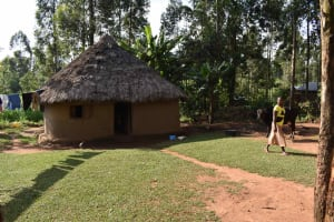 The Water Project: Makunga Community, Akinda Spring -  Compound