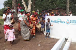 The Water Project: Lokomasama, Kalangba Junction, Next to Alimamy Musa Kamara's House -  Community Celebrating Water