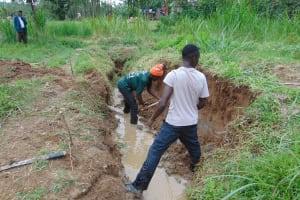 The Water Project: Mukangu Community, Mukasia Spring -  Excavation