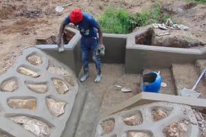 The Water Project: Mukangu Community, Mukasia Spring -  Plastering
