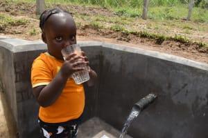 The Water Project: Mukangu Community, Mukasia Spring -  Yum