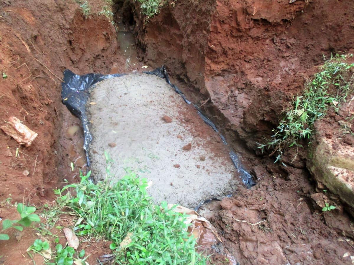 15 kenya4706 excavating and setting foundation base