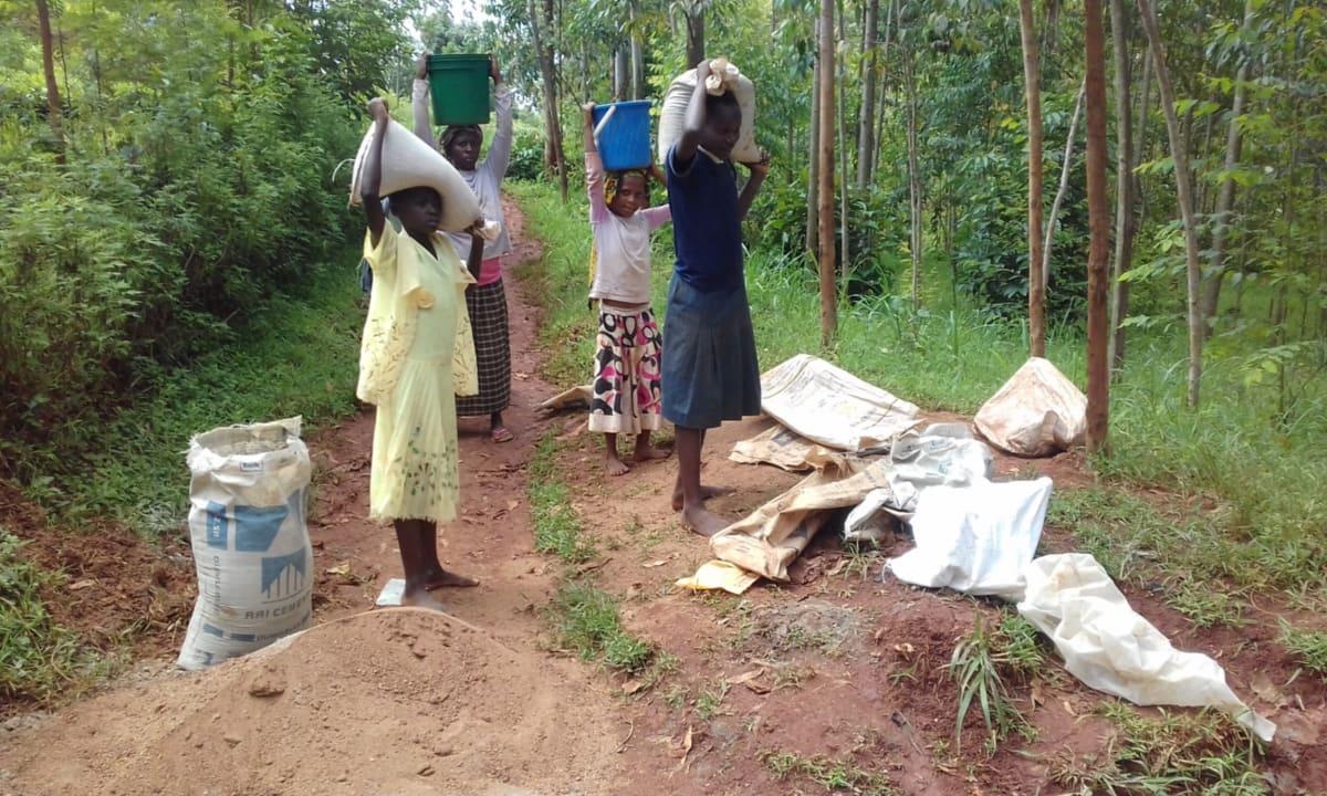 12 kenya4712 collecting materials