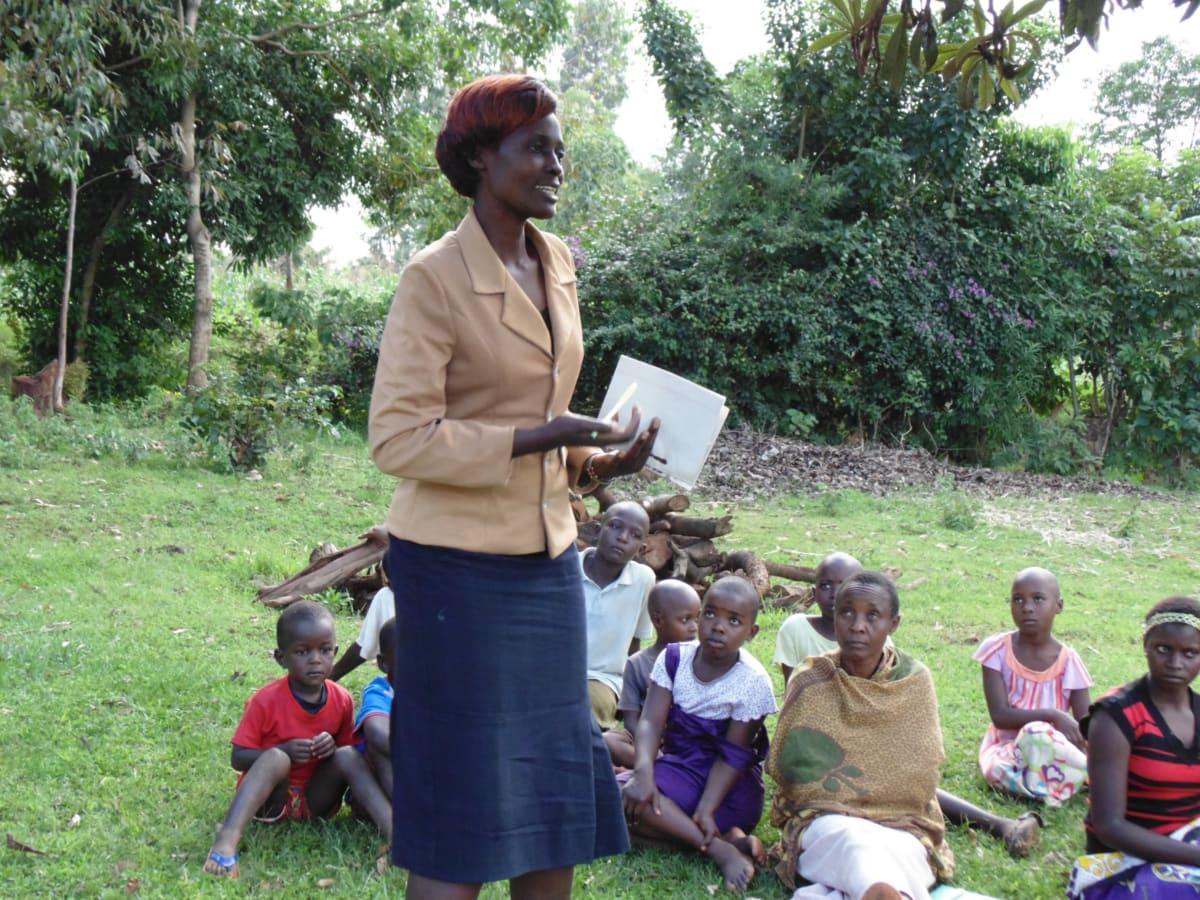 13 kenya4720 Wewasafo Staff Jacqueline Shigali facilitates at the training