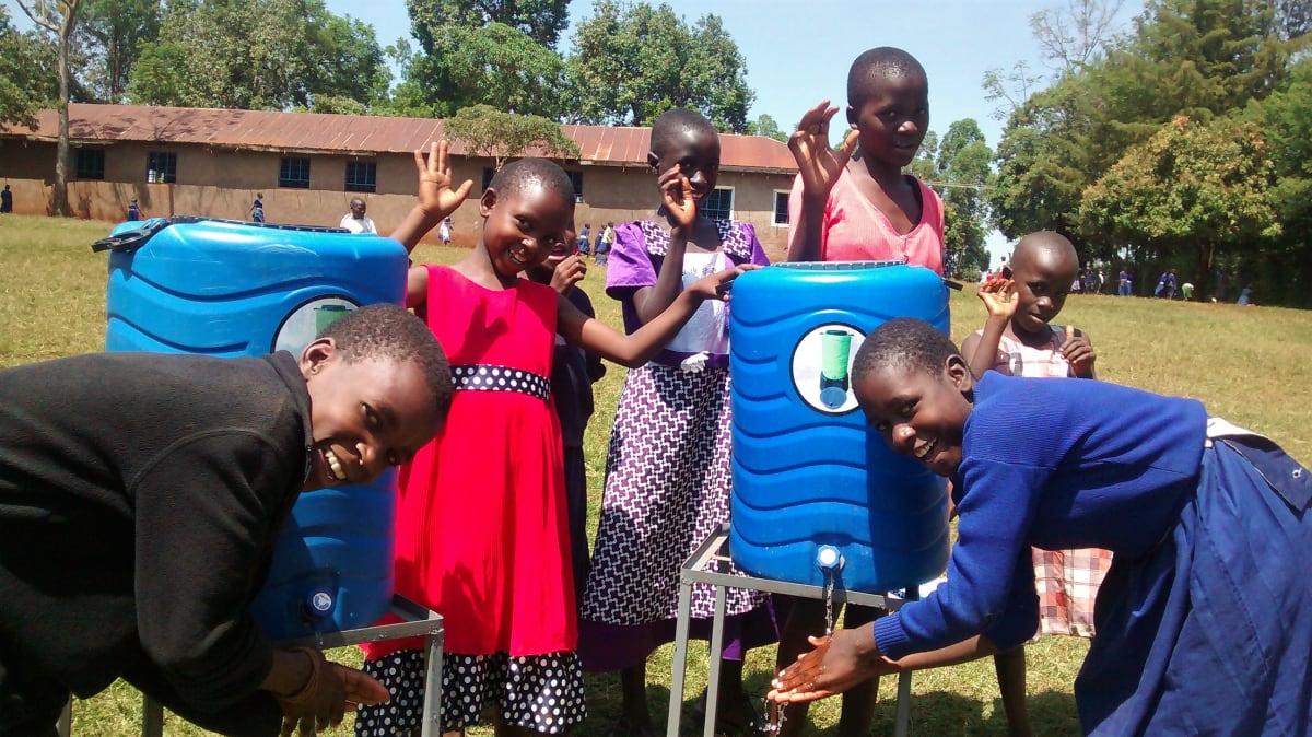 30 kenya4654 hand-washing stations