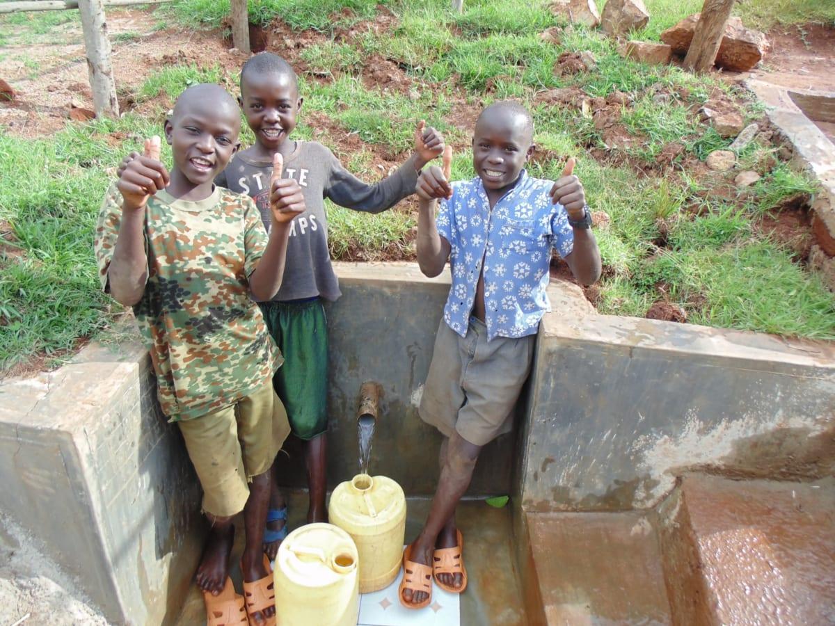 43 kenya4720 clean water