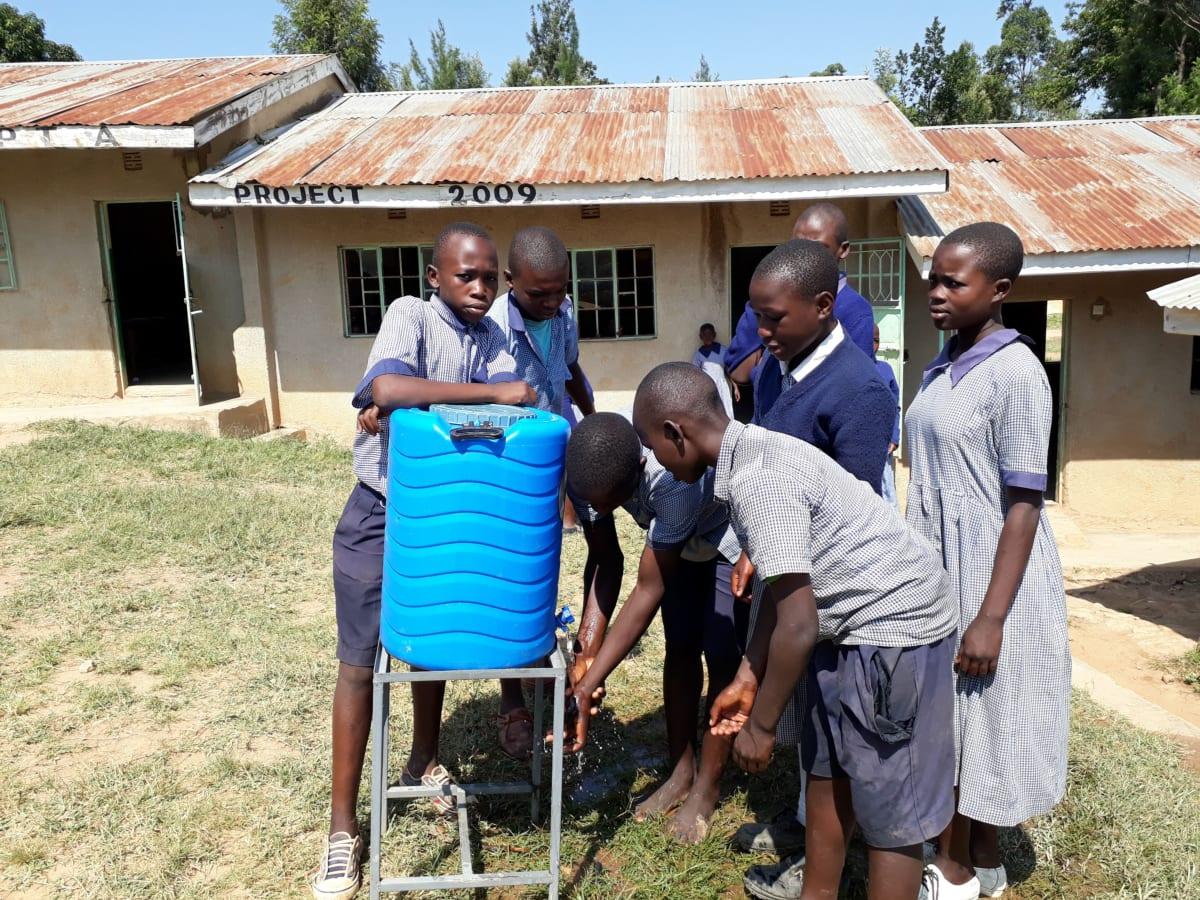10 kenya4828 hand-washing stations