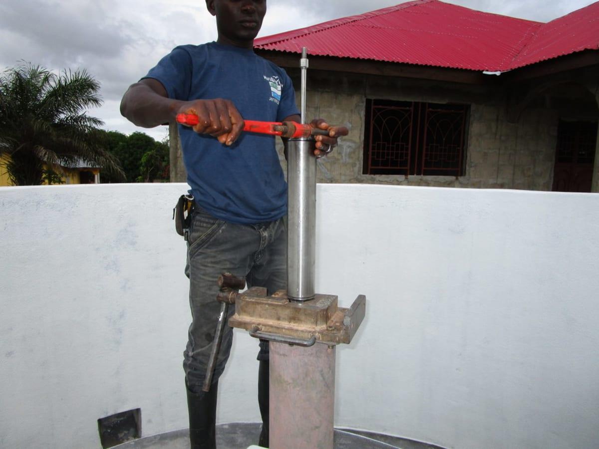 10 sierraleone5117 pump installation