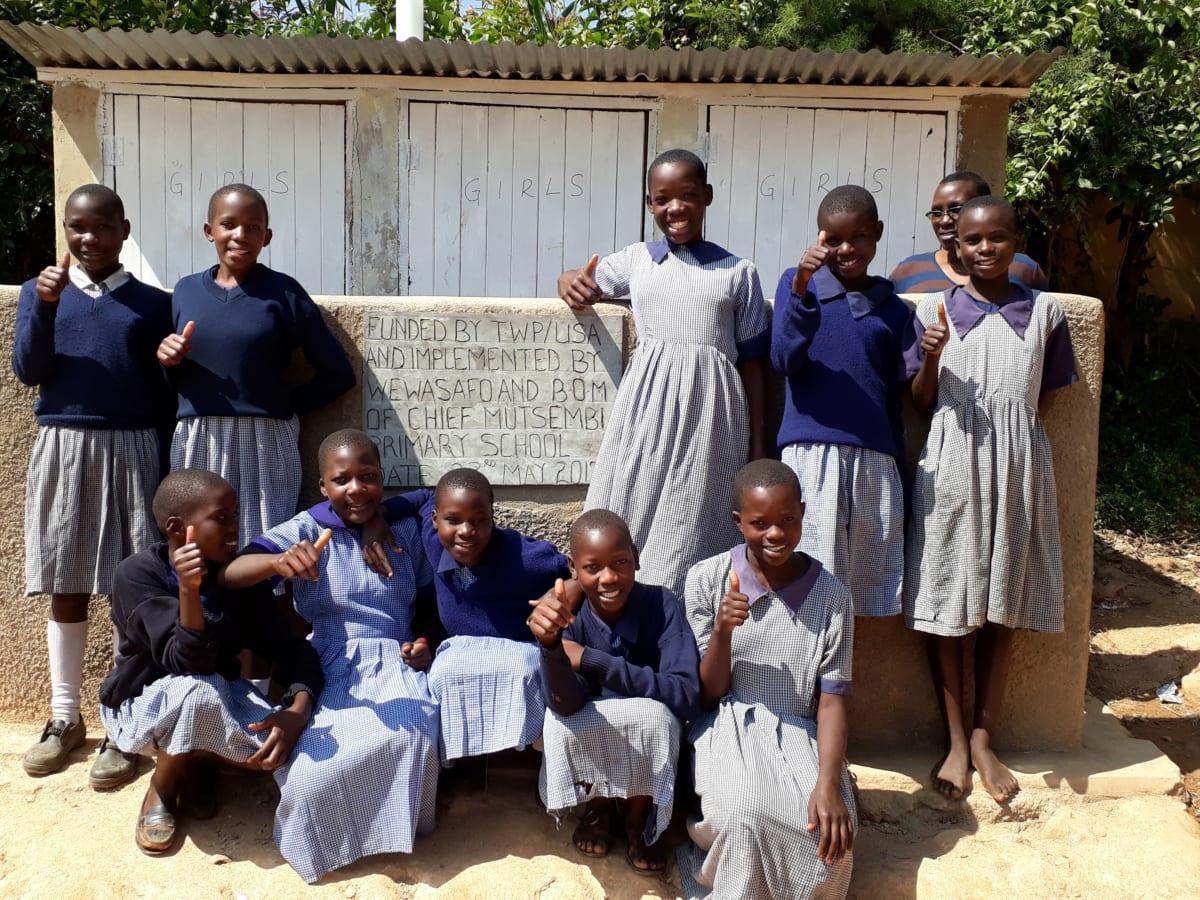 11 kenya4828 new latrines