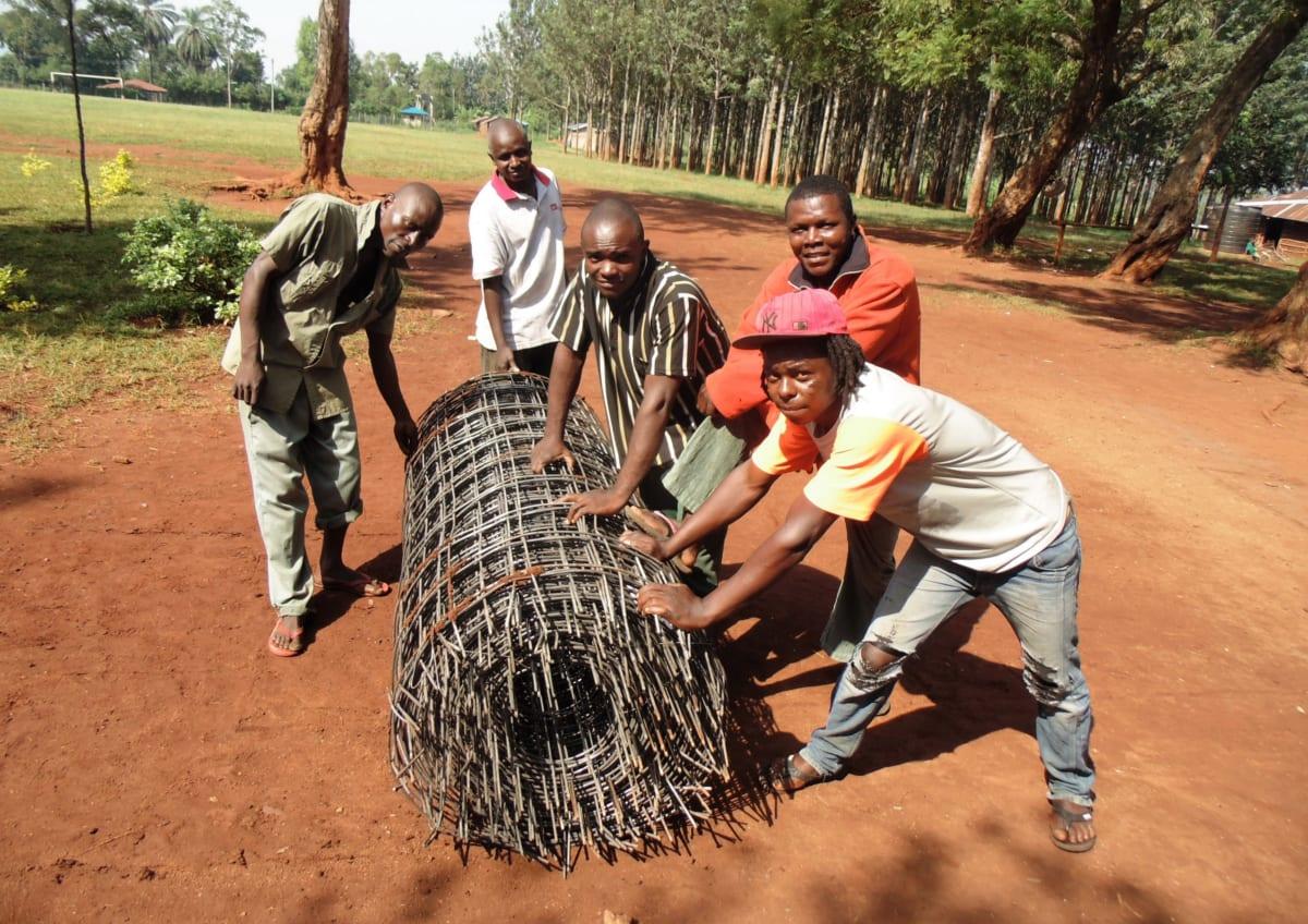 12 kenya4666 mesh to fortify tank walls