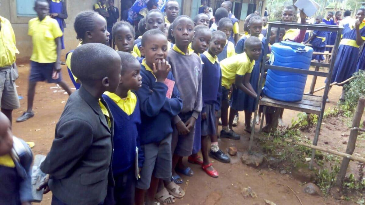 14 kenya4656 hand-washing stations