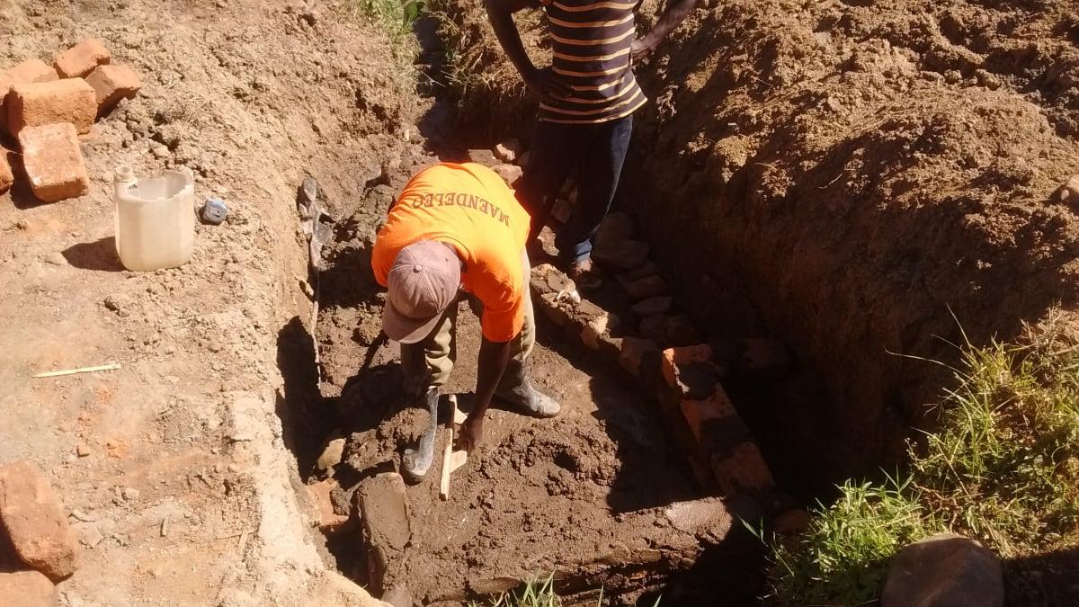 7 kenya4705 laying the foundation