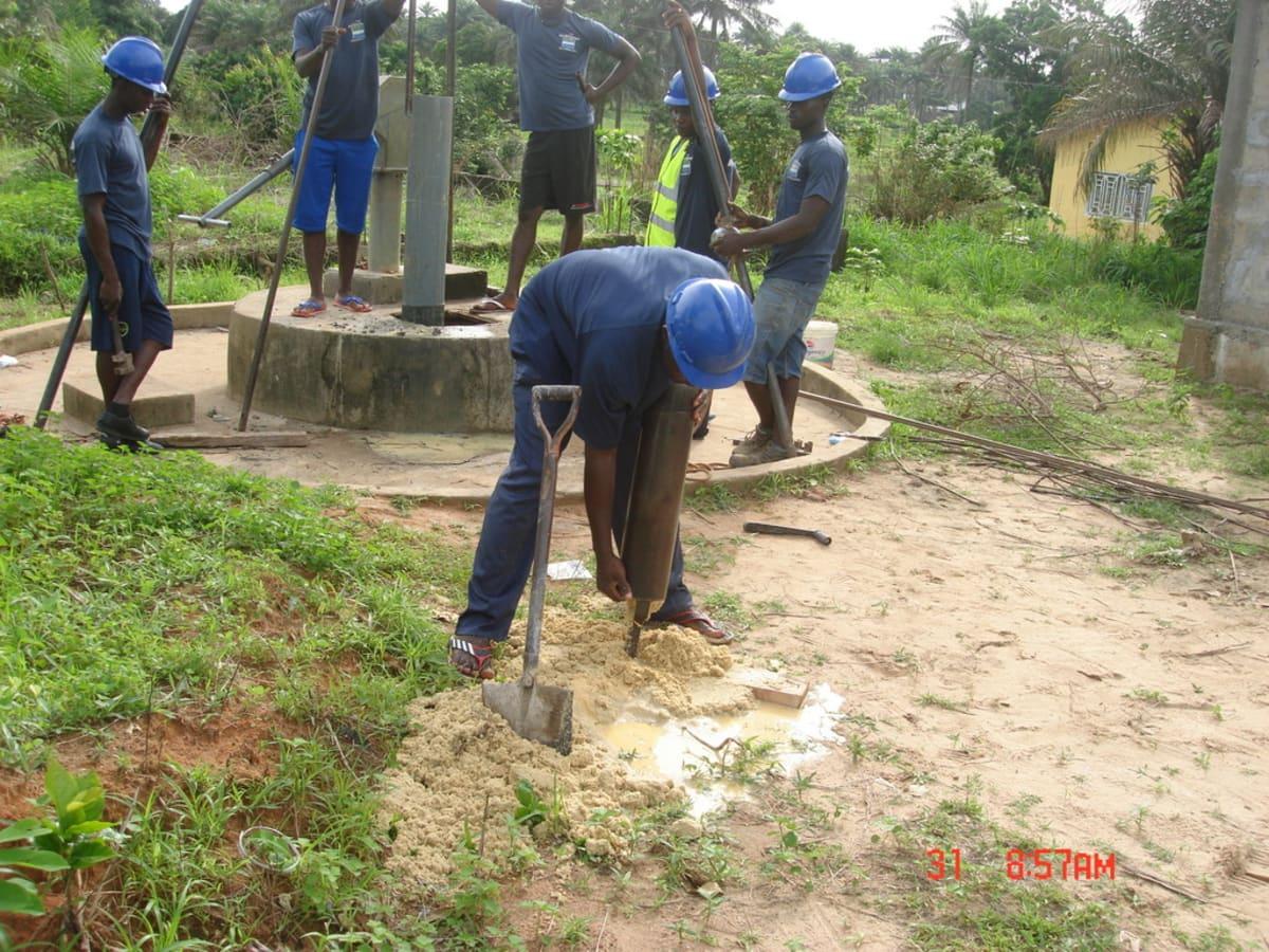 8 sierraleone5117 emptying the drill bit