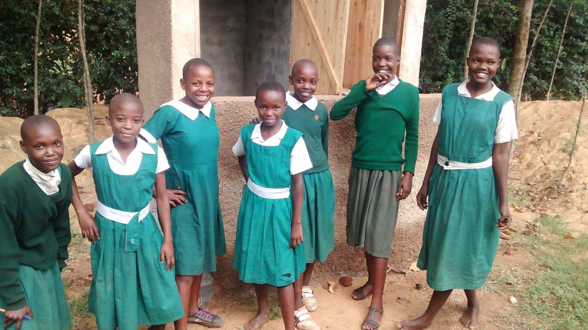 16 kenya4658 finished latrines