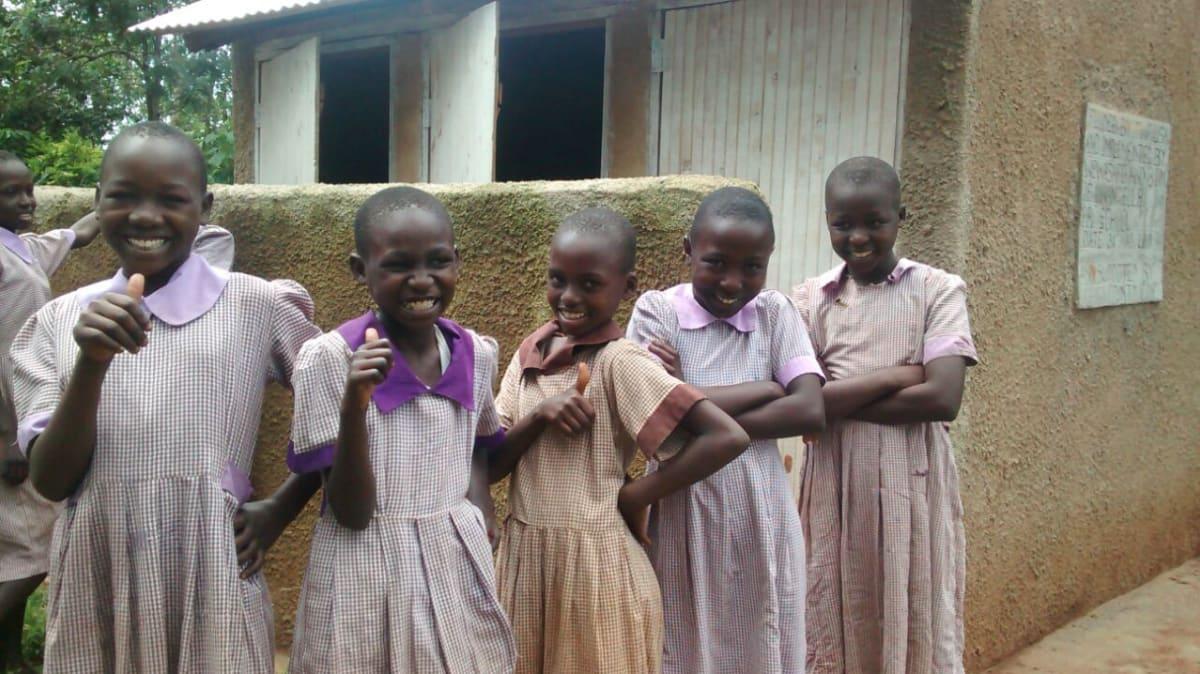 19 kenya4662 finished latrines