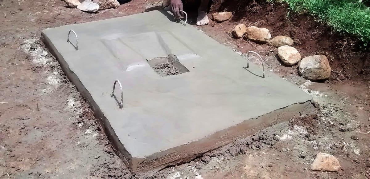 8 kenya4716 a drying latrine floor