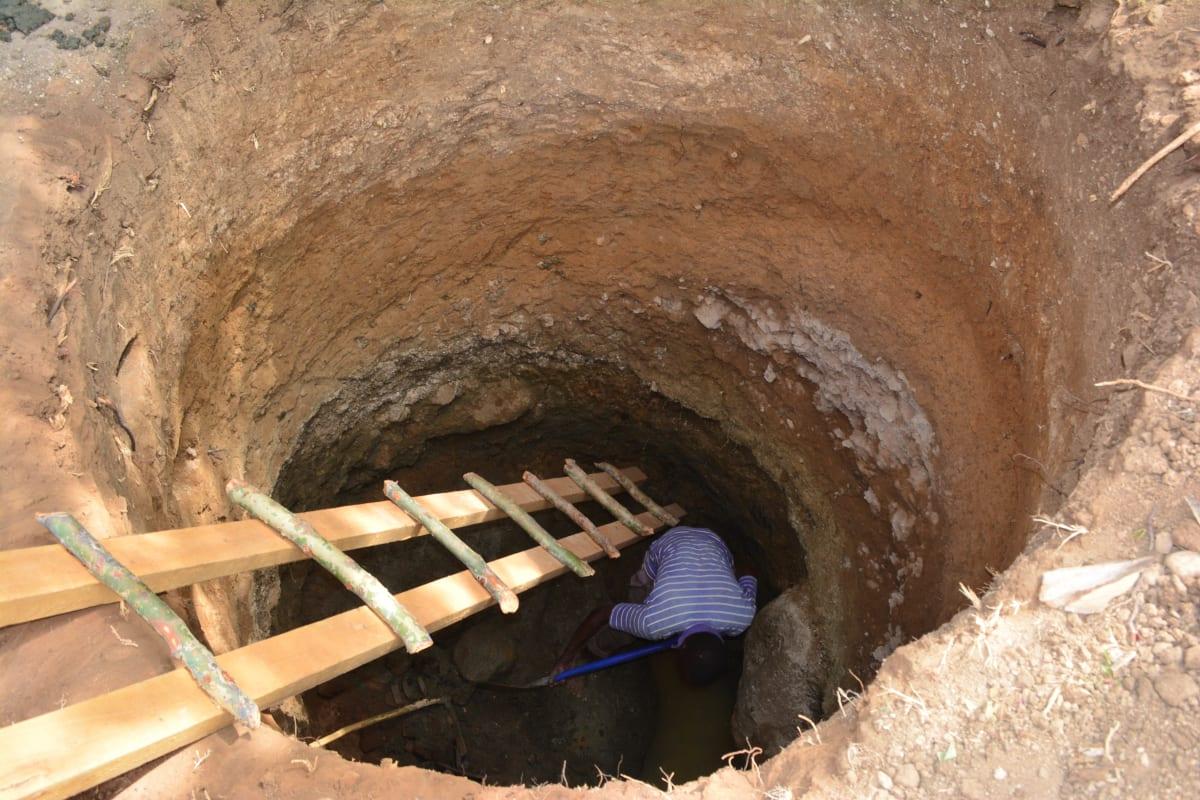 1 kenya4779 excavation