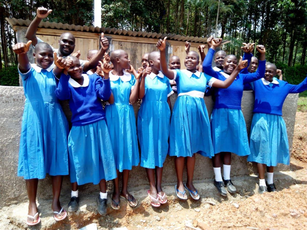 10 kenya4829 new latrines