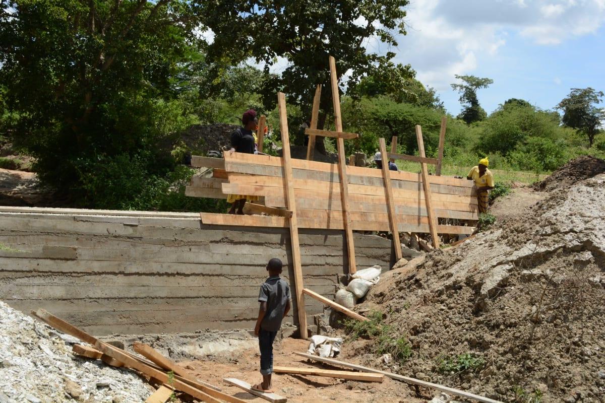 11 kenya4764 construction