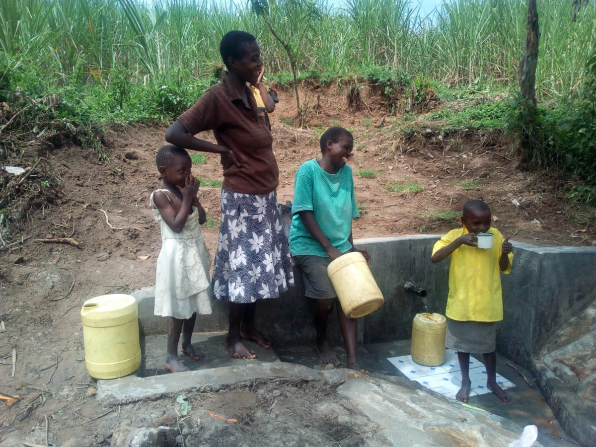 14 kenya4726 clean water