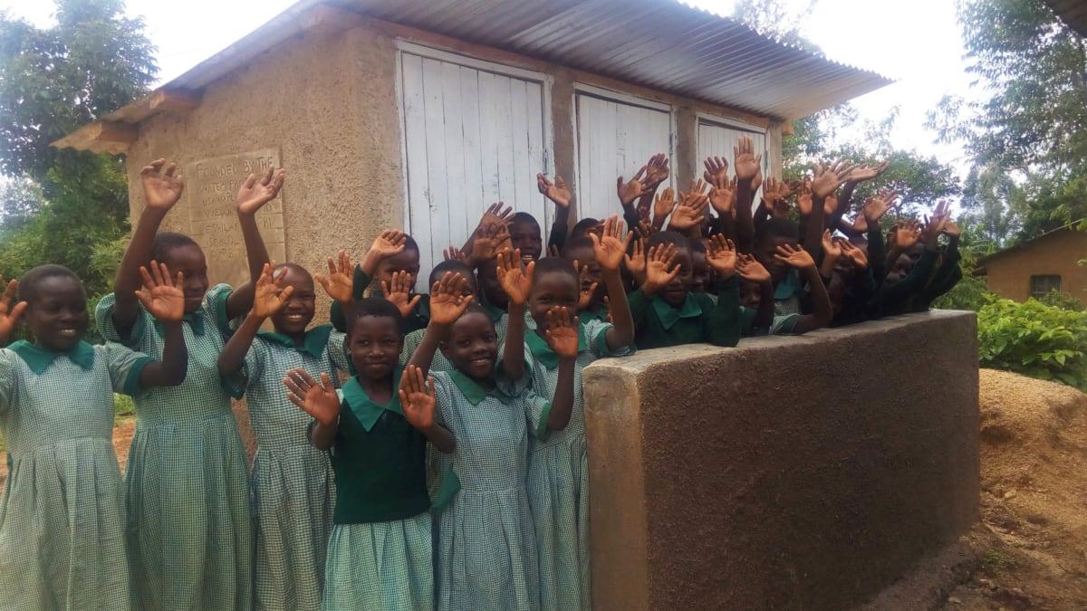 15 kenya4830 latrines