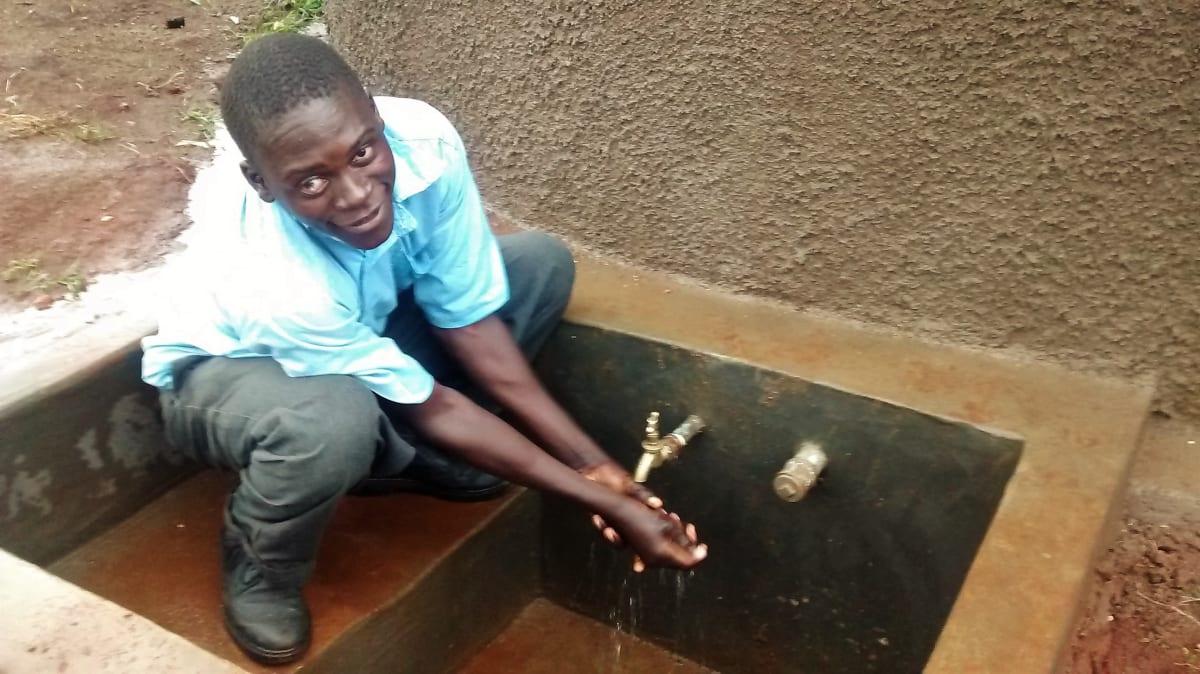 20 kenya4667 clean water
