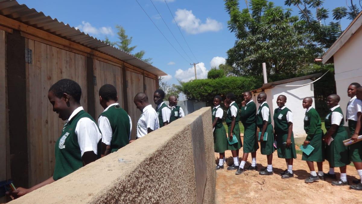 21 kenya4669 finished latrines