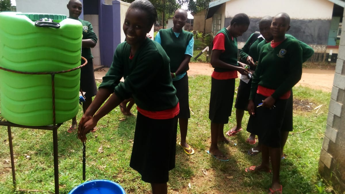 9 kenya4671 hand-washing