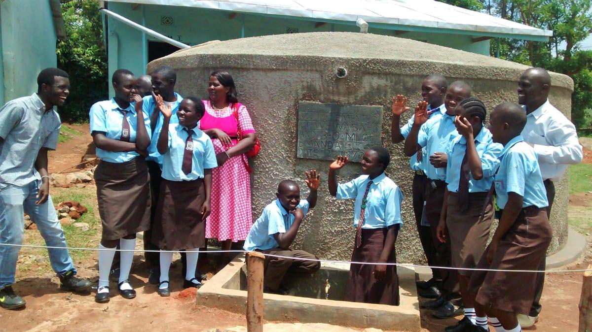 20 kenya4832 clean water