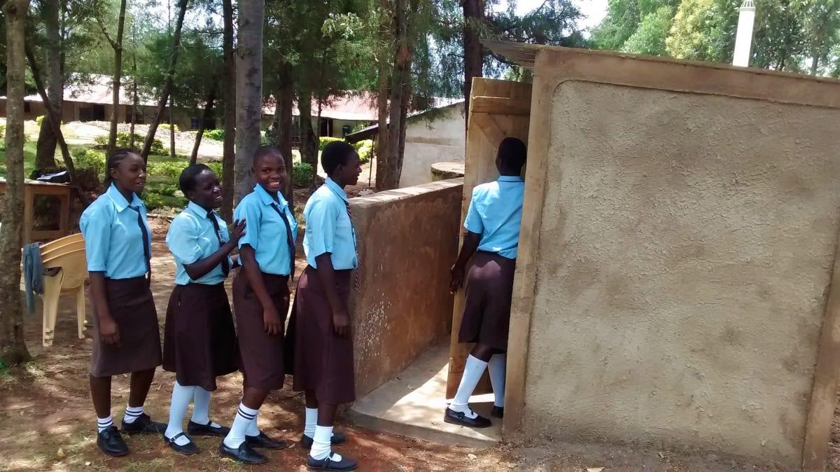 23 kenya4832 finished latrines