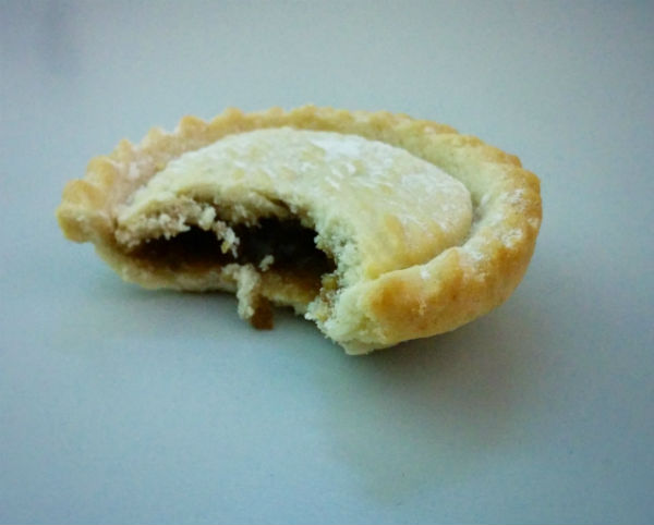 Christmas mince pie, where is the filling?