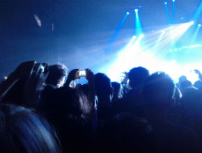 Mobile phones ruining live concerts?