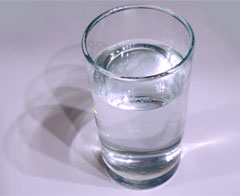 A glass of tap water, health and safety?