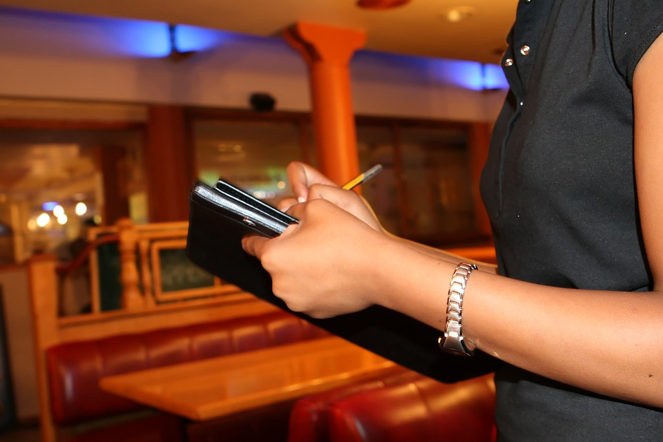 Waitress taking an order at a resturaunt