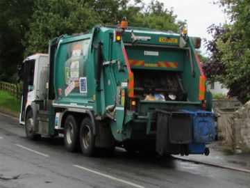 Dustcart drivers impatient to leave early moan that I'm too slow