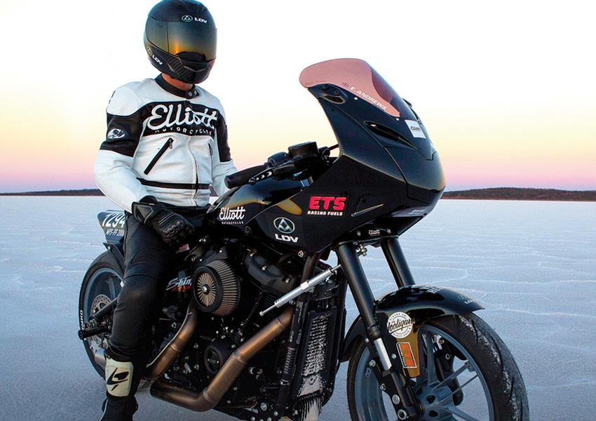Elliott Motorcycles at Lake Gairdner, South Australia