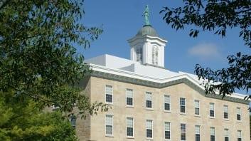 School Image: Upper Iowa University