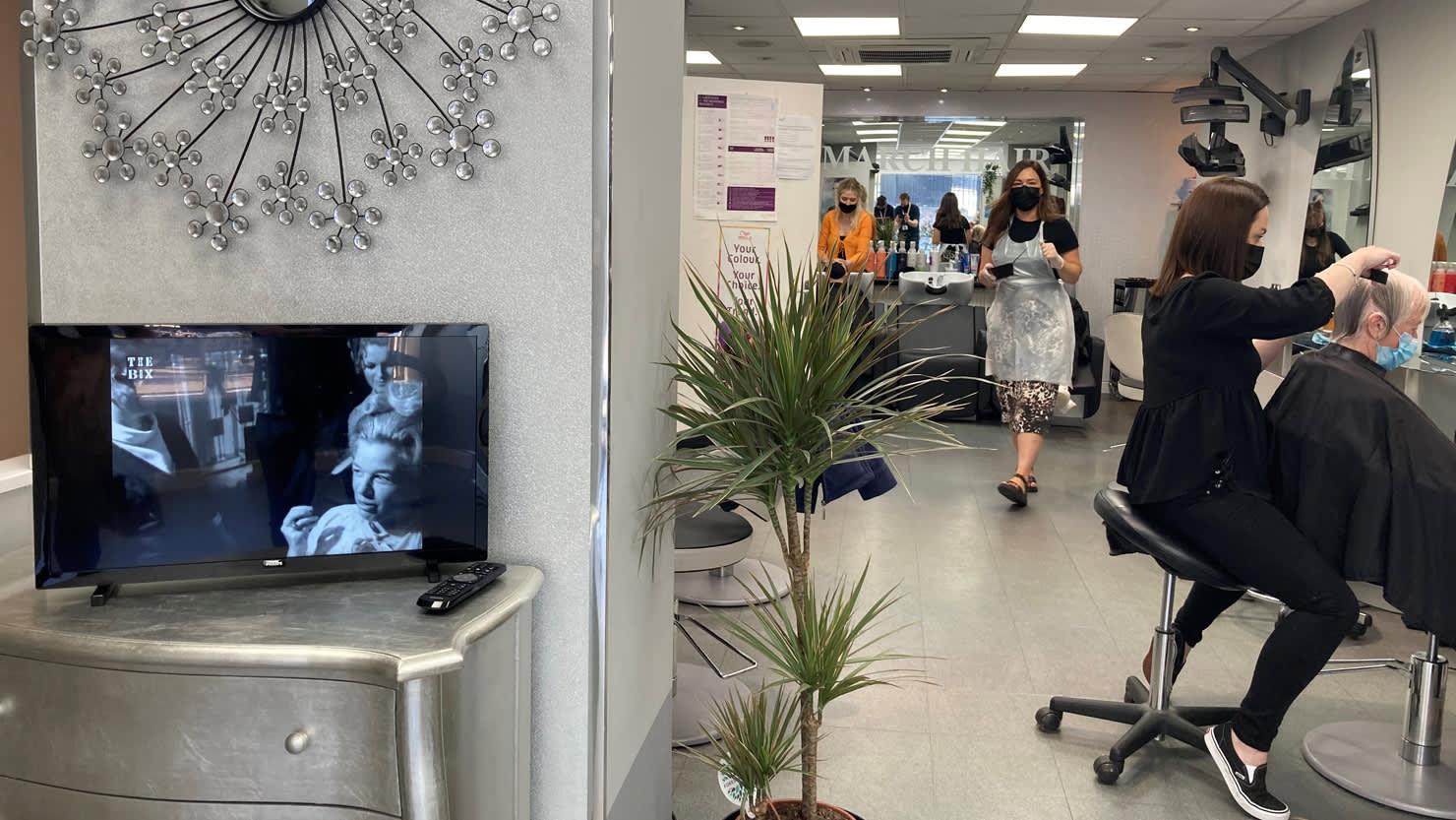 Screen in salon #2
