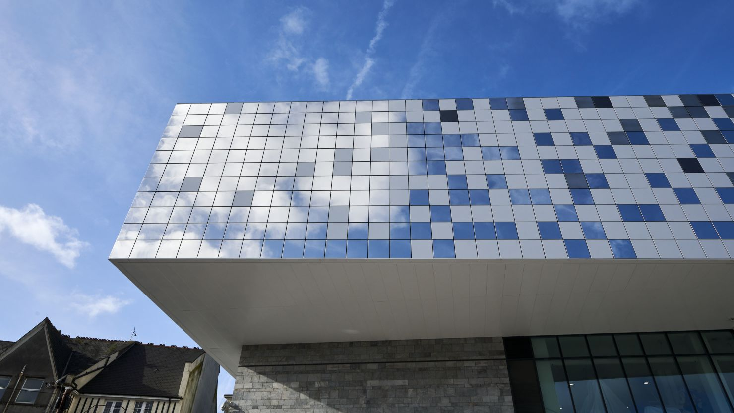 Image of The Box in Plymouth - the extension and the cantilever