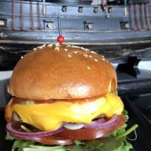 Photo of menu item: Pirate's Burger