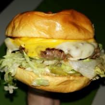 Photo of menu item: The Good Boi Cheeseburger